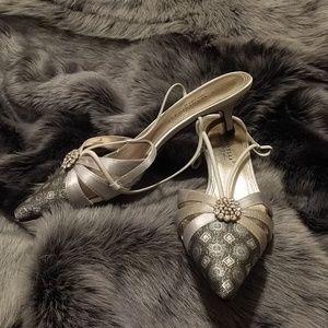 A. Marinelli Grey/Silver low heels